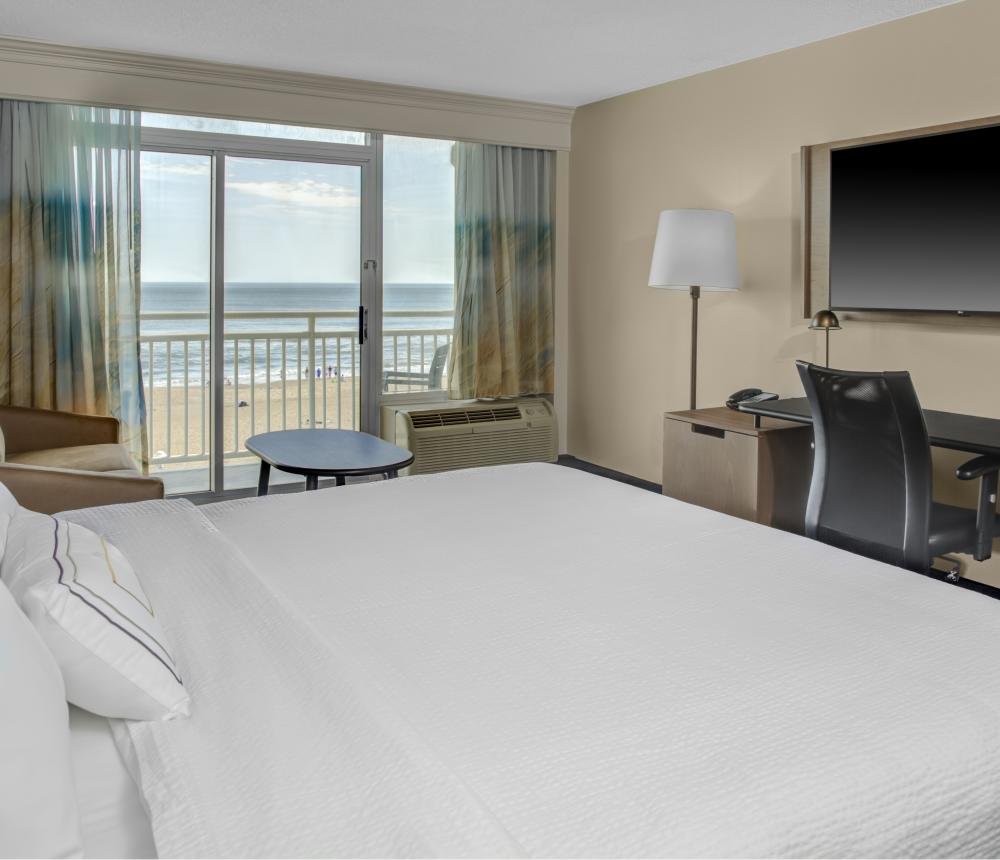 King Oceanfront with Flat screen TV