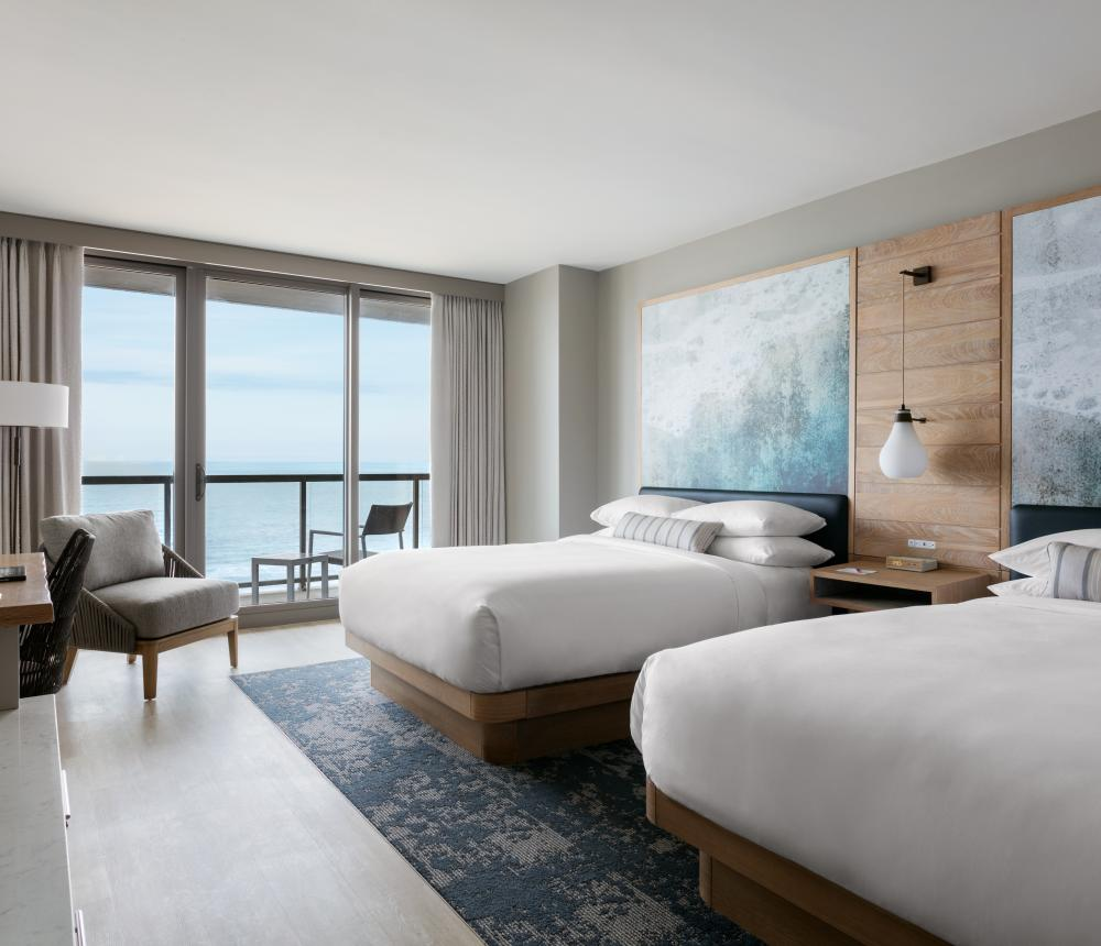 Oceanfront Double Queen Guestroom