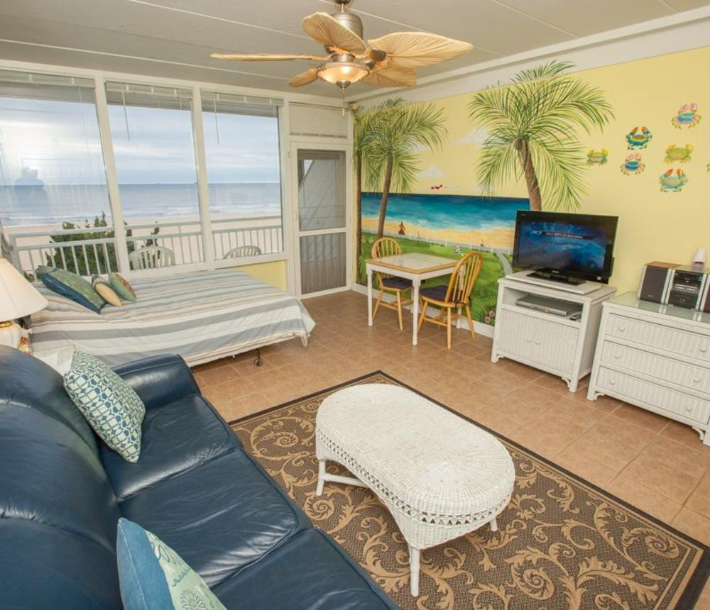 oceanfront, boardwalk, resort area, one room efficiency