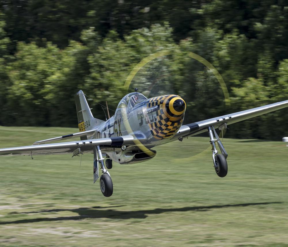 P-51 Mustang Landing