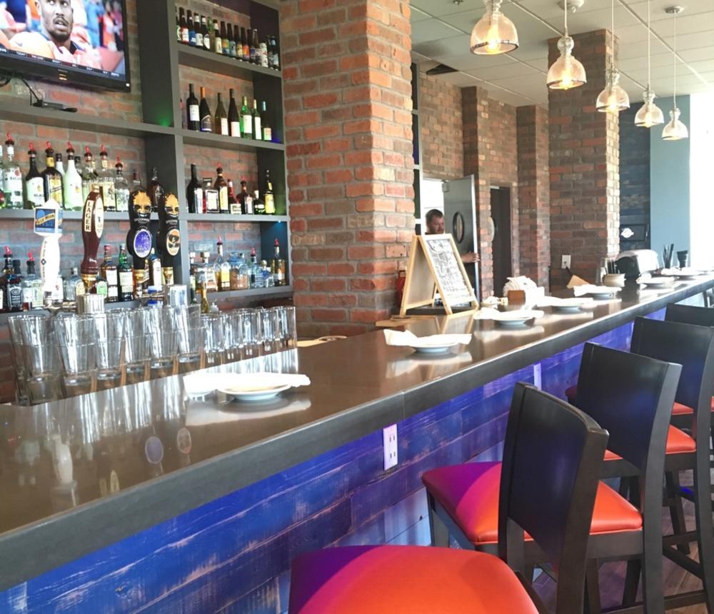 Jumpin' Shrimp Restaurant Bar