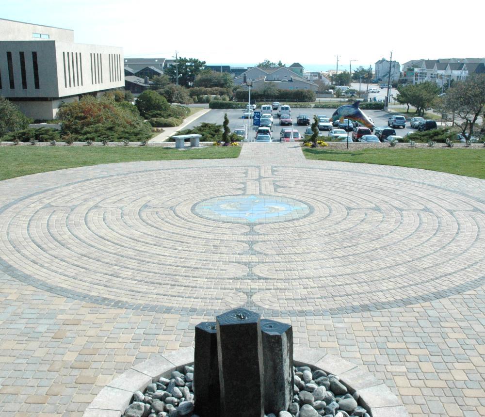 ARE-Labyrinth.jpg