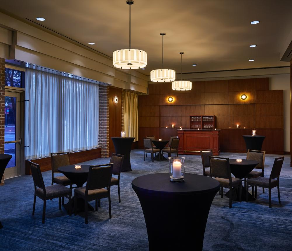 Crescent Room Reception Style 2018