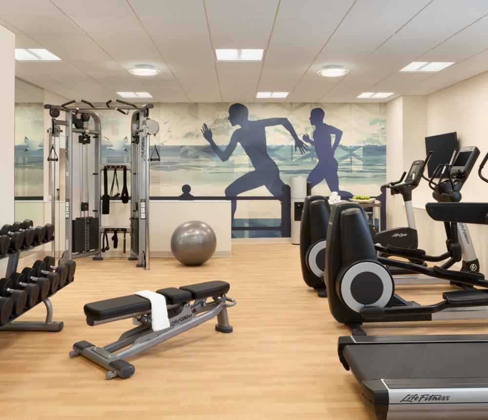 24/7 workout room