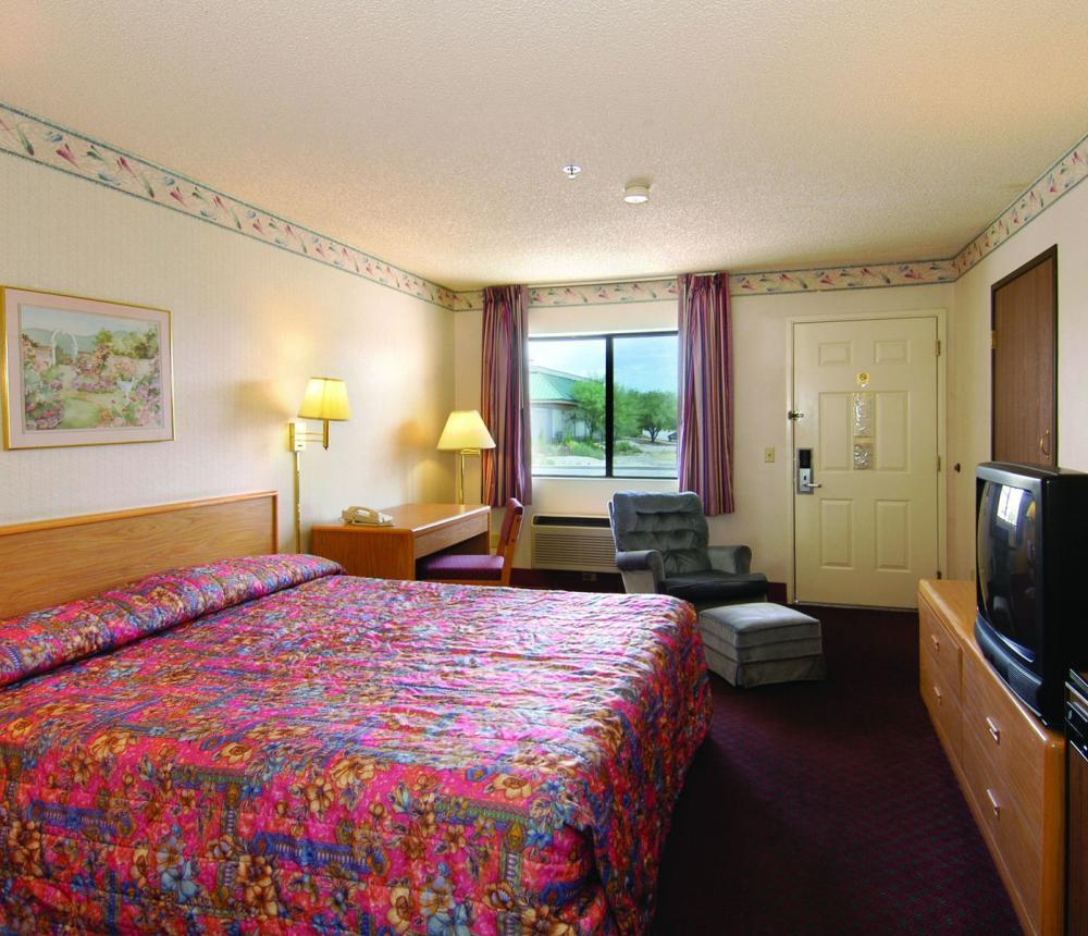 King_Room.jpg