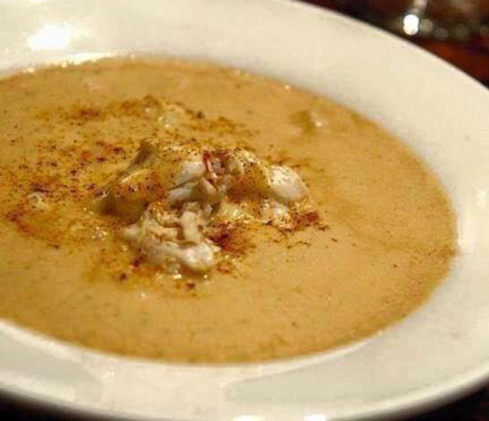 Manninos_Crab_Soup_bowl.jpg