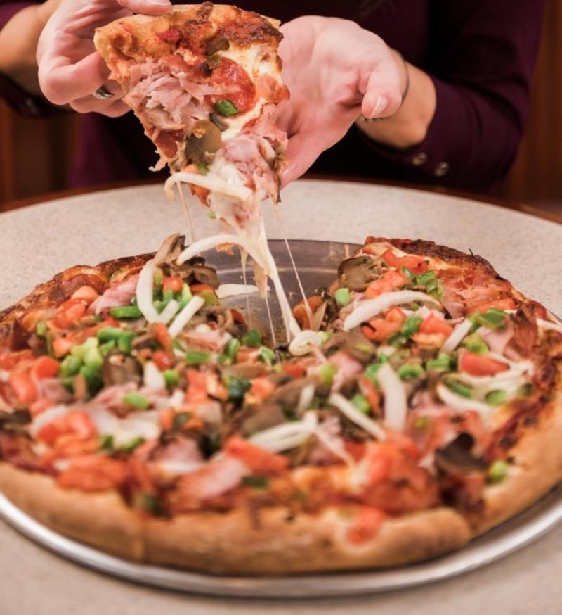 DeLuca's Pizza 2