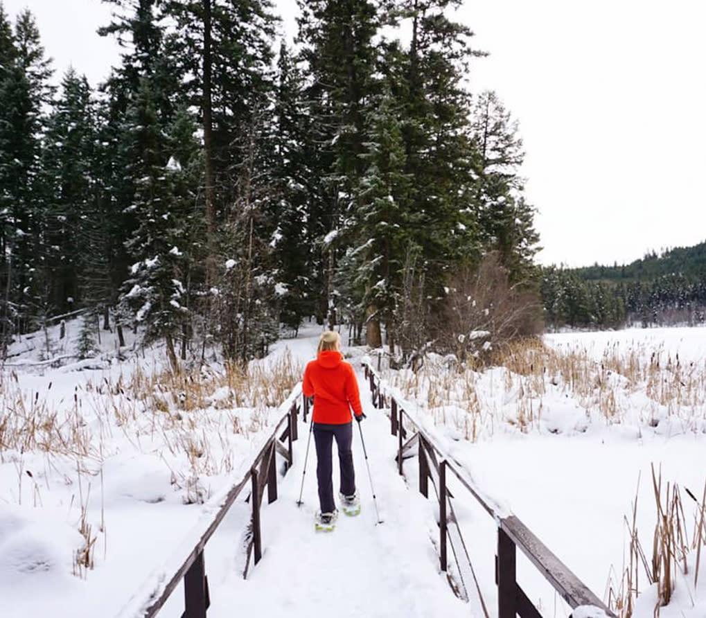 Snowshoeing at Isobel Lake