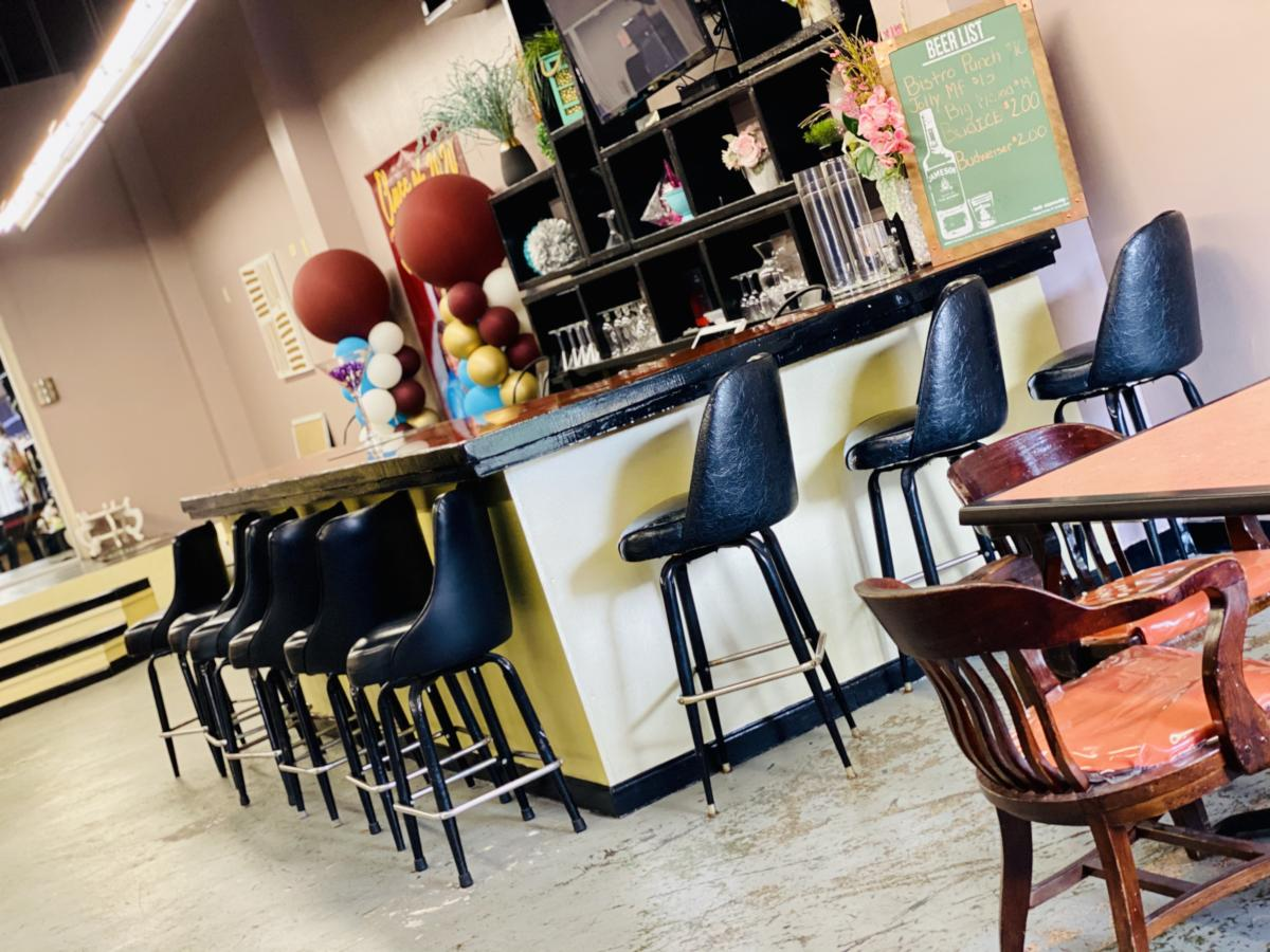 A picture of some of the bar seating at Plush Lounge in Beaumont.
