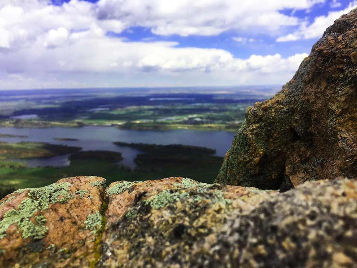 Arthurs-Rock-4-rock-aerial