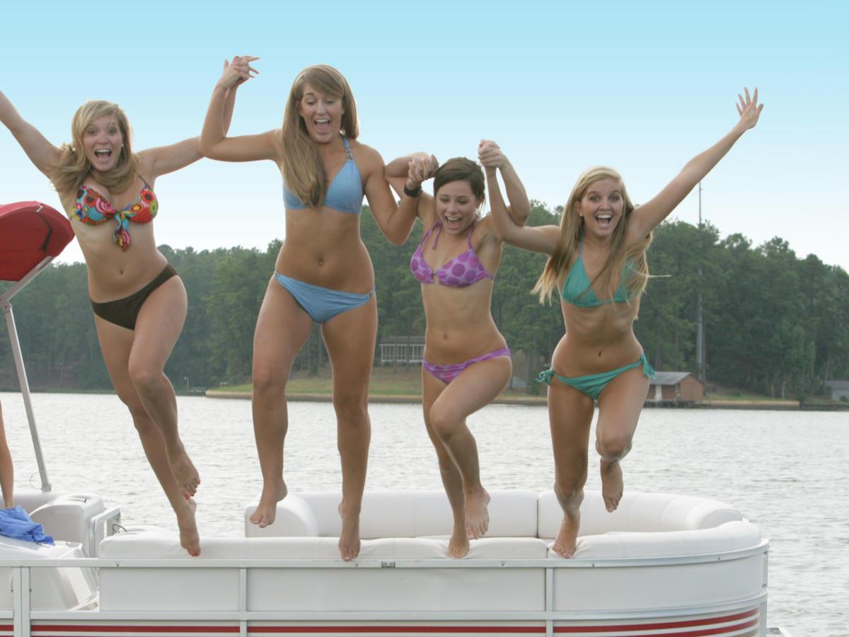 Lake Sinclair girls