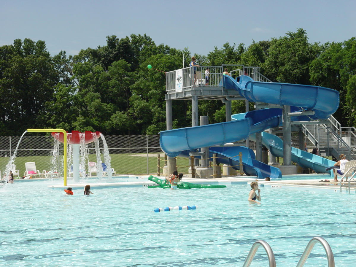 Veterans Park Pool & Waterslide