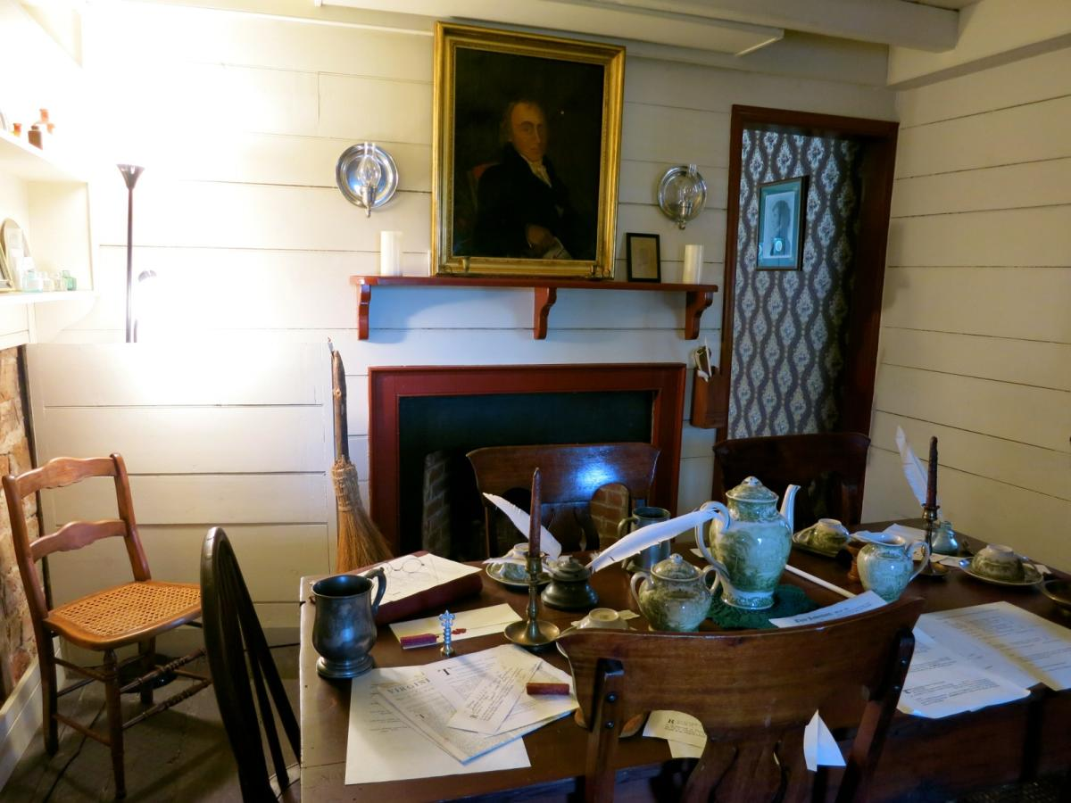 Furnished room inside the Weems Botts Museum in Dumfries, VA