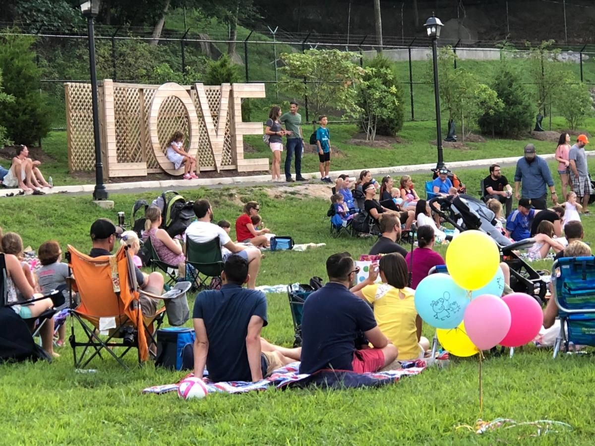 Music in the Park event at River Mill Park
