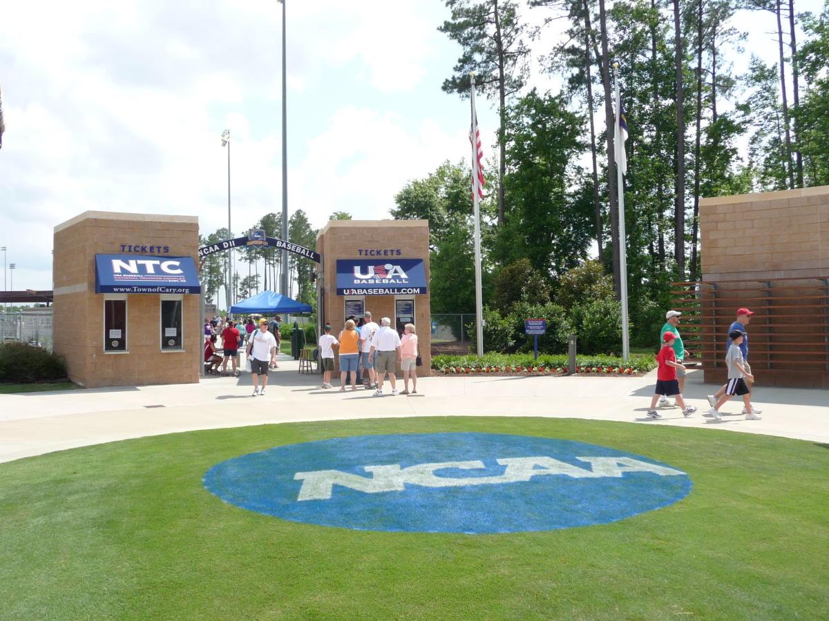 2011 NCAA Division II Baseball entrance