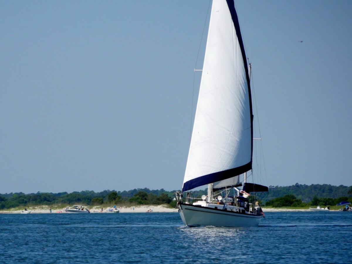 4x3 Shamrock Sailing