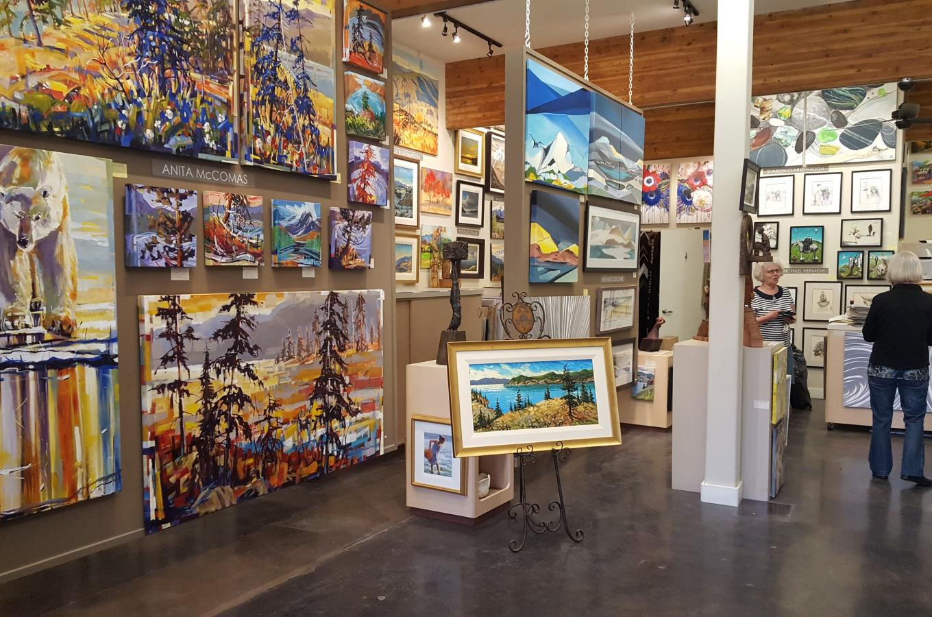The Lloyd Gallery Image 2