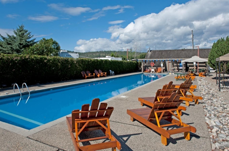 Holiday Park seasonal lap pool
