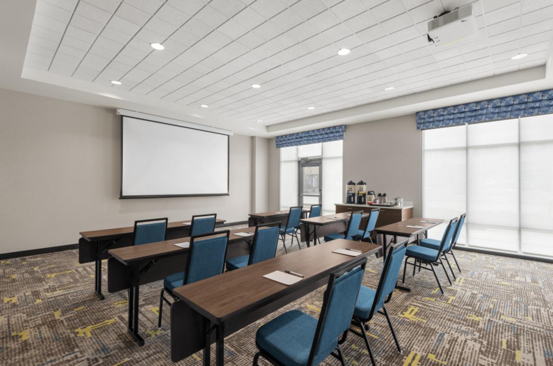Hampton meeting space 1