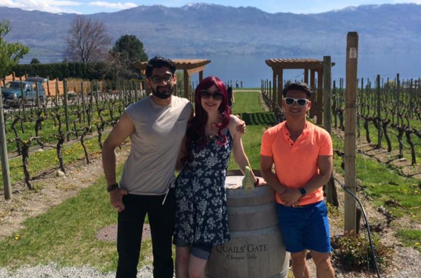 West Kelowna Gallery of Grapes Tour