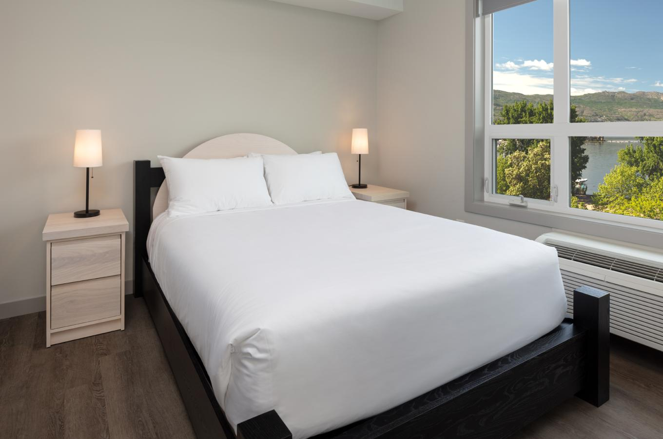 The Shore Kelowna - Suites