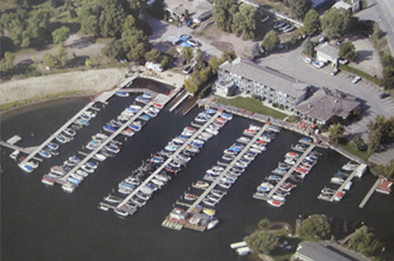 Turtle-Bay-Marina.jpg