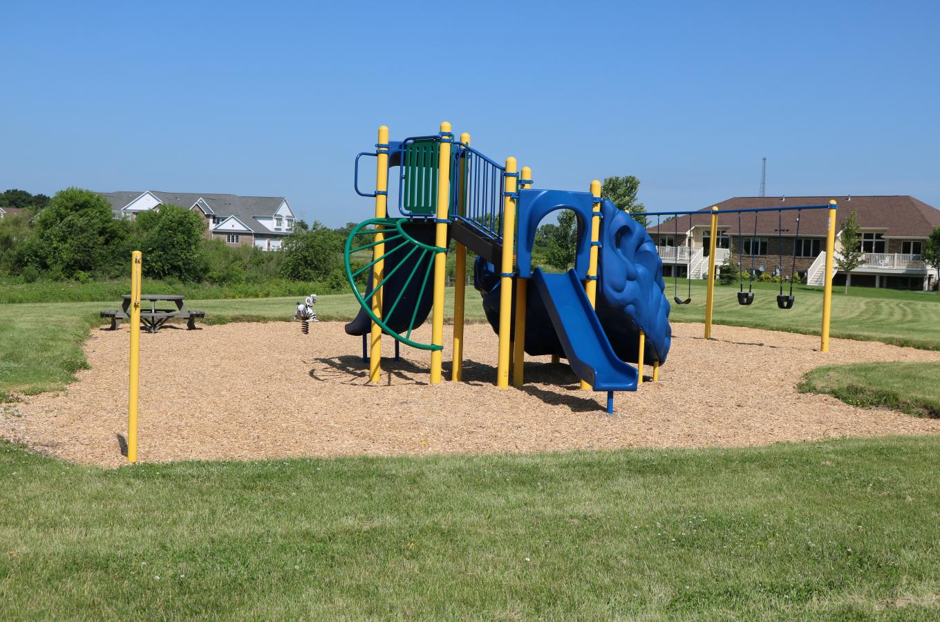 2018 Creekside Park Playground equipment V Pic_6988