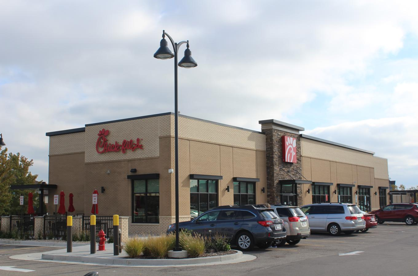 2019 SH Chick-fil-A Storefront