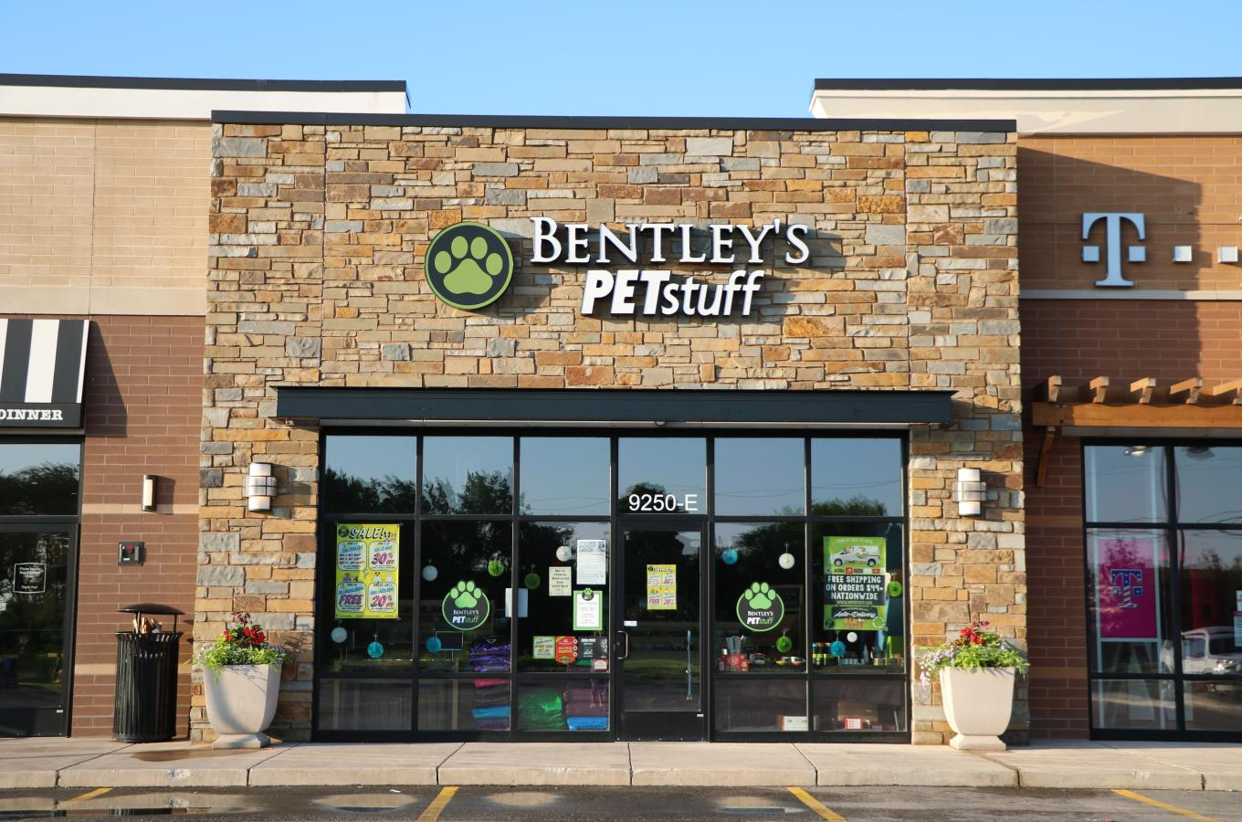 Bentley's Pet Stuff Front of Store V Pic.