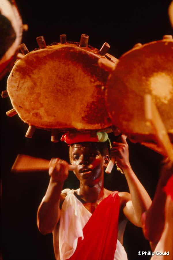 ©Philip Gould 89FEIN00778 Burundi Master Drummers