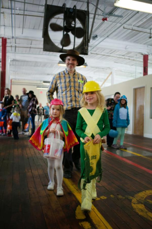 trick or treaters at lowe mill