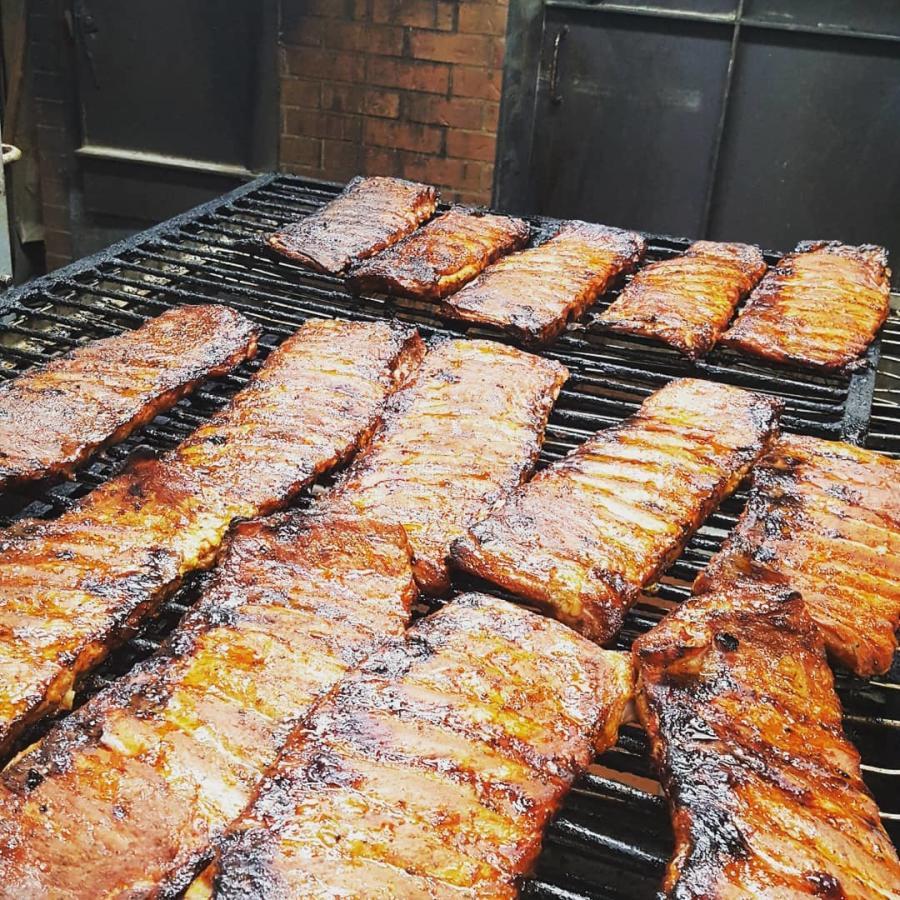 Quarters BBQ
