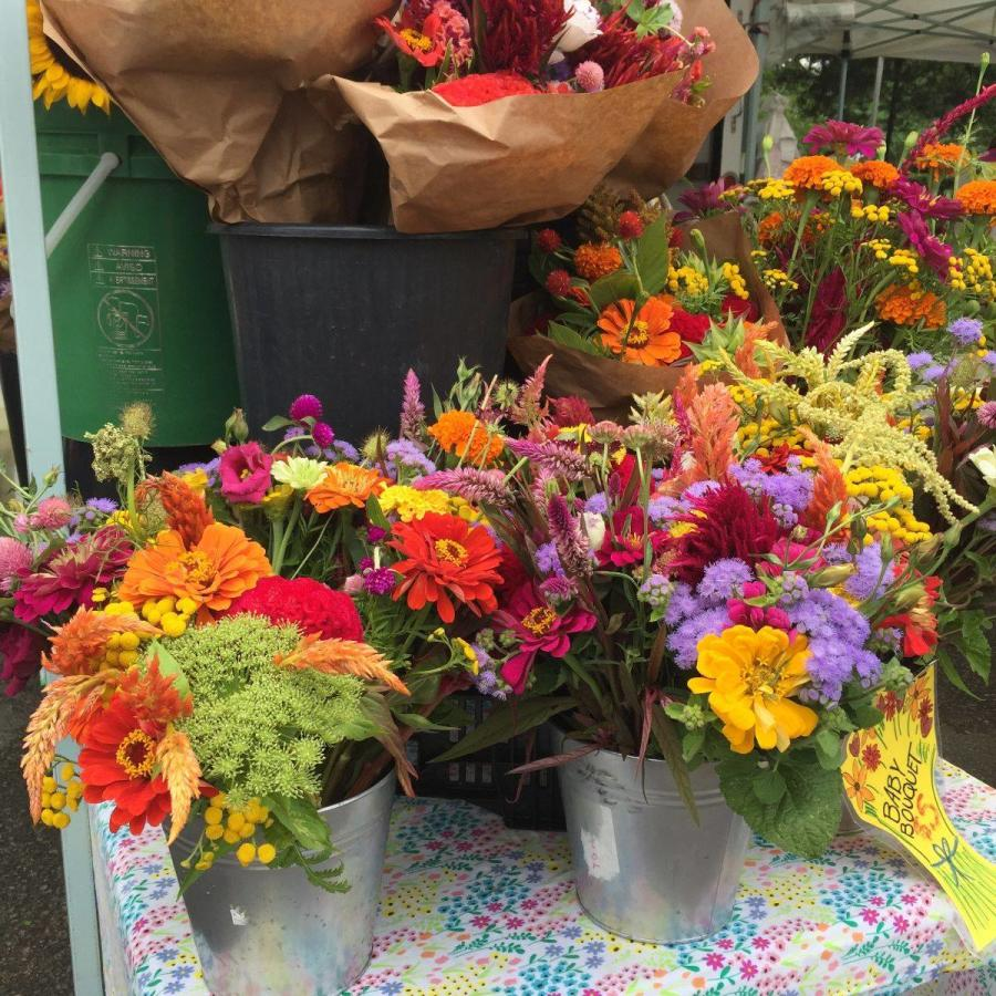 Birdhouse Farmers Market fresh flowers
