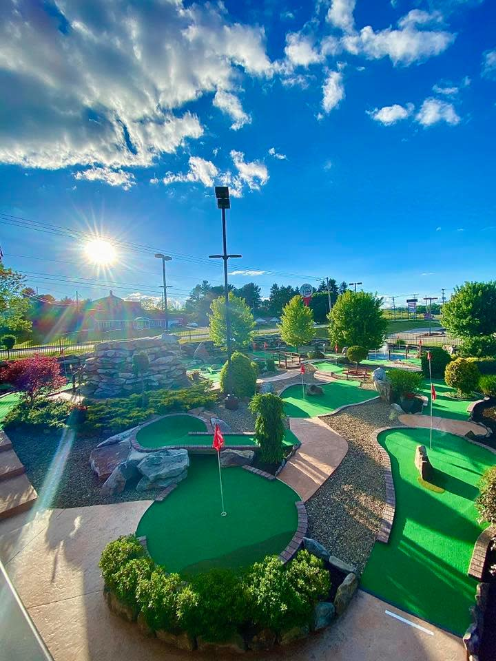 Jake's Mini Golf