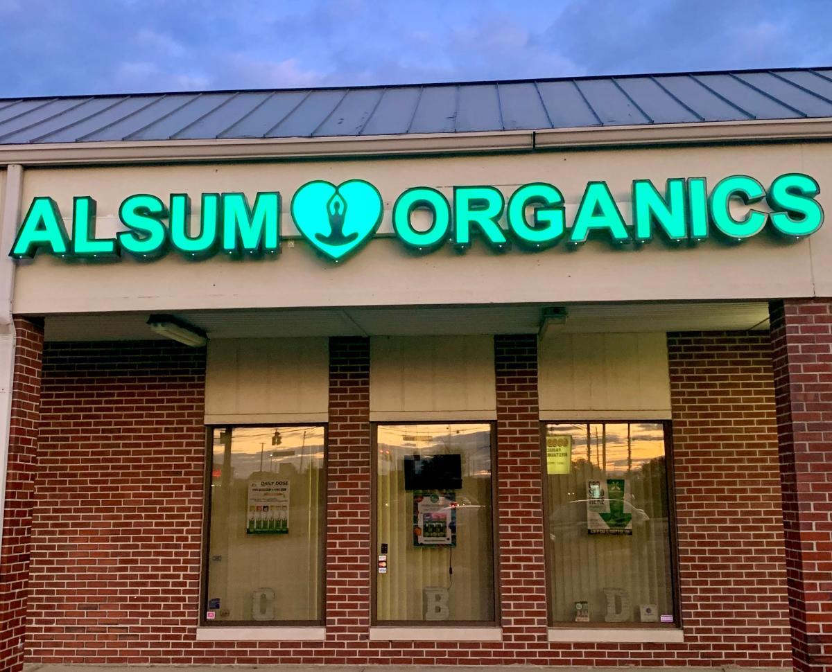 Alsum Organics, Storefront