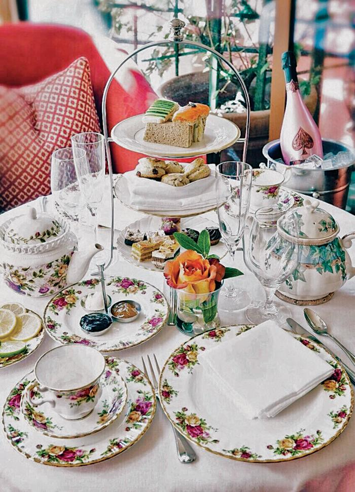 Hotel Granduca tea time table