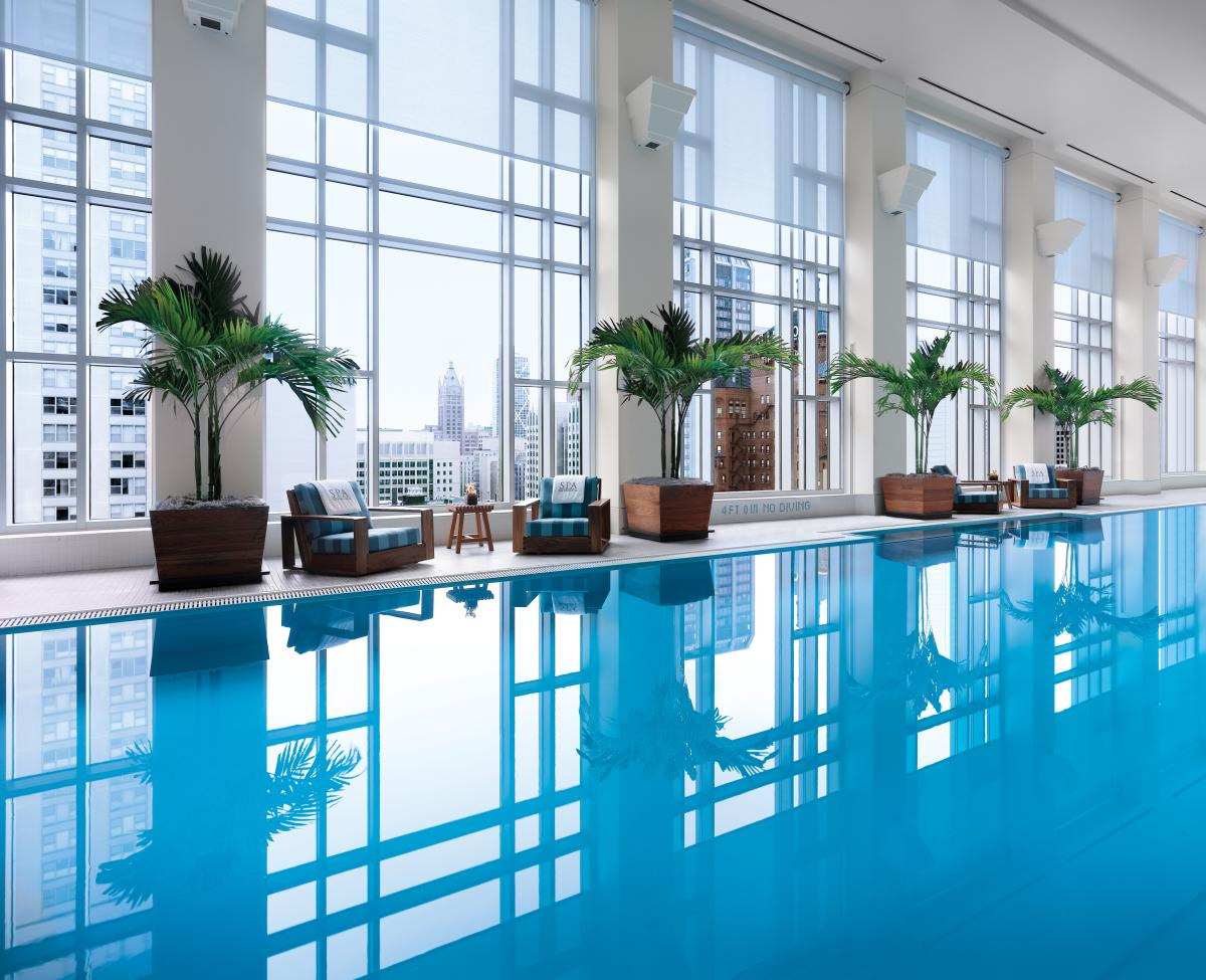 Pool at Peninsula Chicago