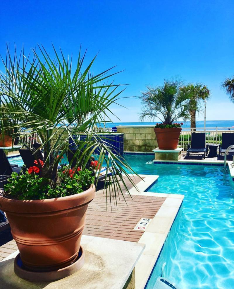 8 can 39 t miss swimming pools in virginia beach - Public swimming pools north las vegas ...
