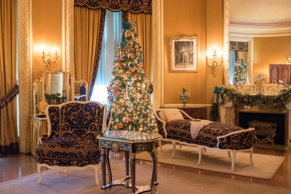 Christmas at Biltmore Estate Edith Vanderbilt's Bedroom 2017