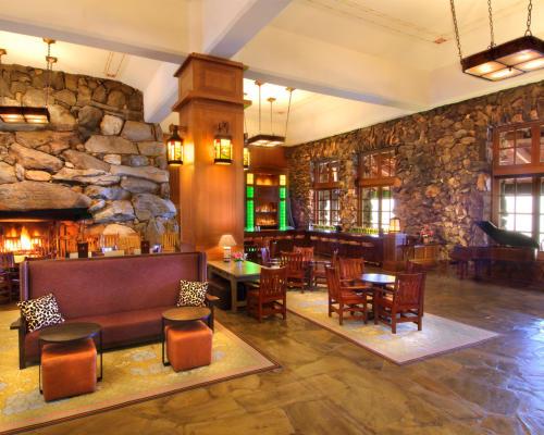 Omni Grove Park Inn - Lobby