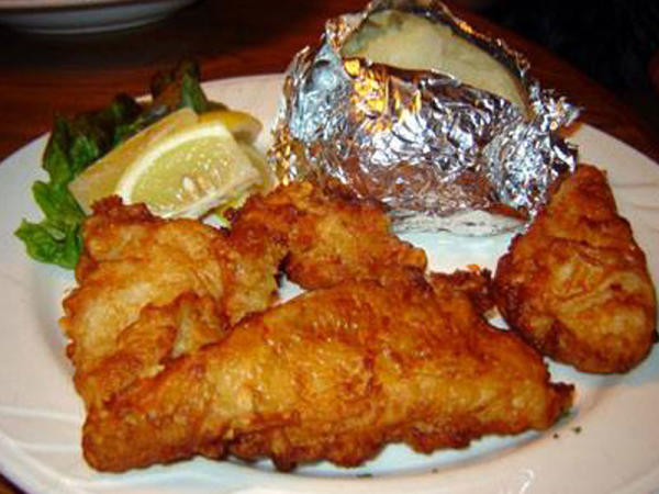 Dana's Grill & Sports Bar Fish Fry