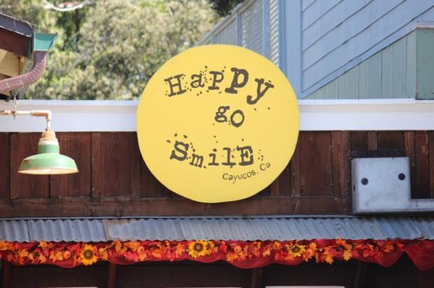 Happy Go Smile Logo