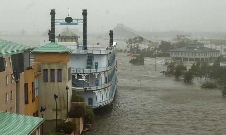 Old Harrah's Riverboat during Hurricane Rita. Southwest Louisiana Convention & Visitors Bureau flooded in background.