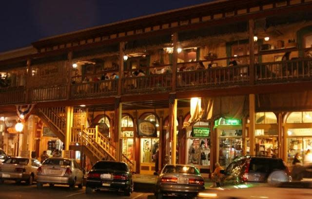 Old Sacramento national historic landmark district: upstairs dining, downstairs shopping