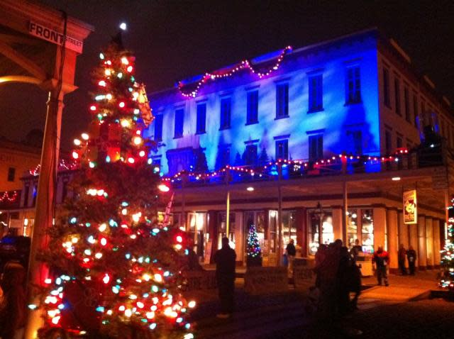 Old Sacramento Theatre of Lights Show