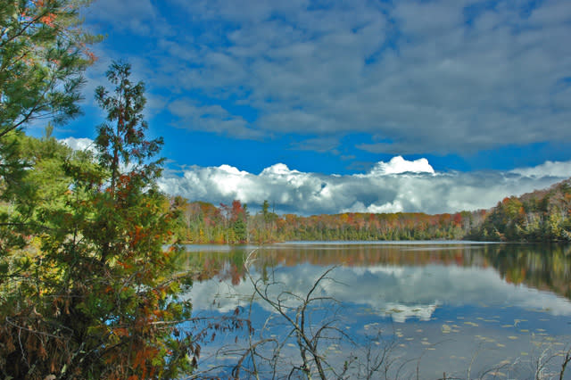 Autumn splendor on Fern Lake at The Timbers Recreation Area.