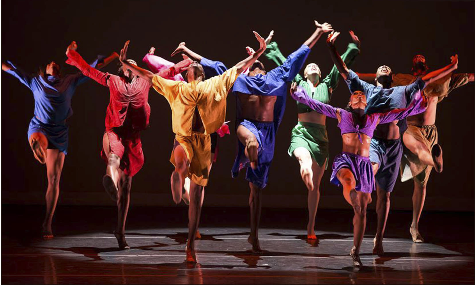 The Dayton Contemporary Dance Company courtesy of the Fort Wayne Dance Collective.