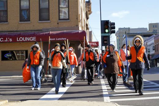 stroll on state volunteer 1