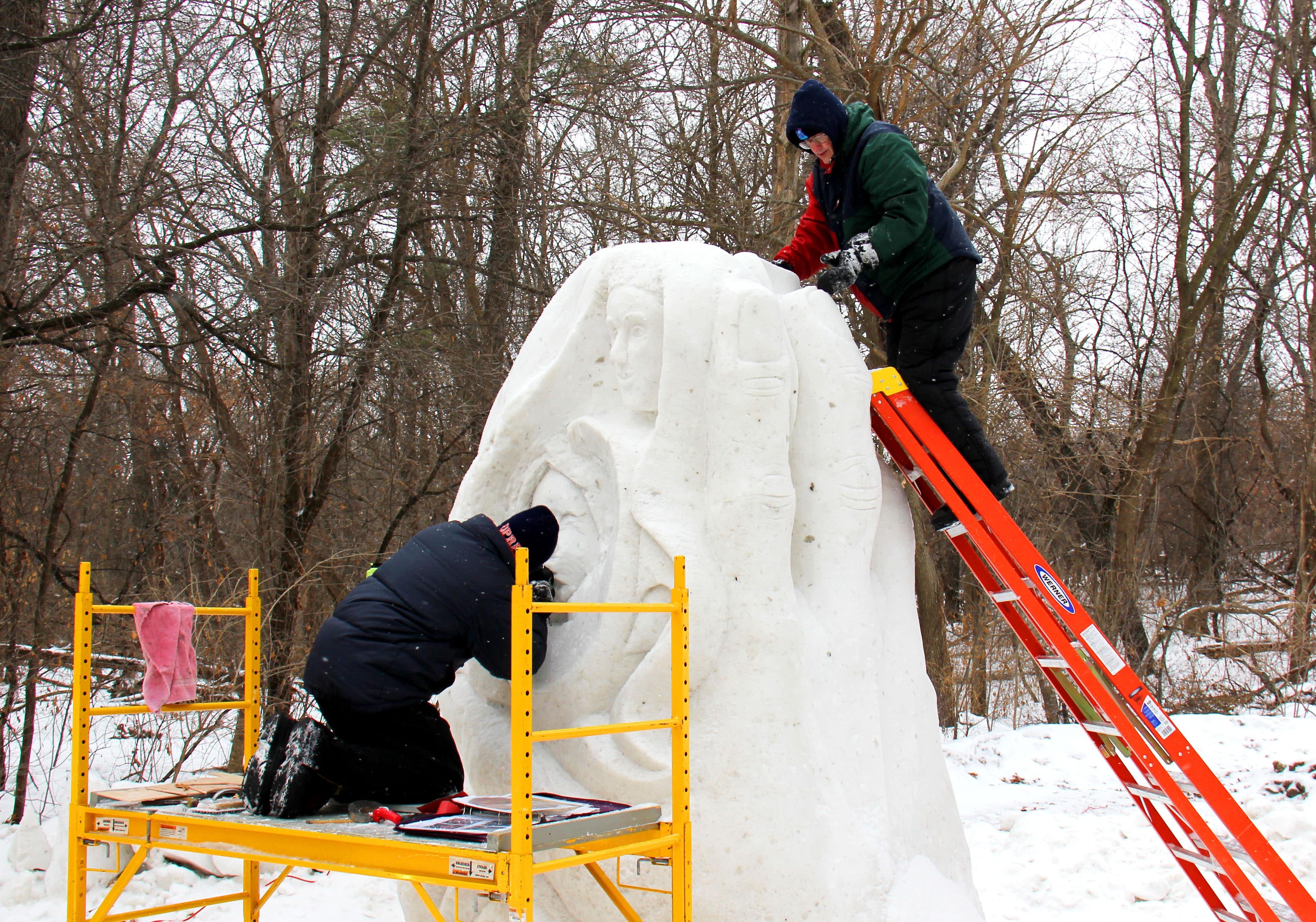 snow sculpting 2014