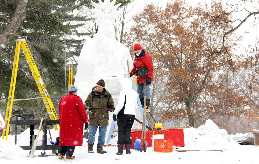 2014 snow sculpting competition